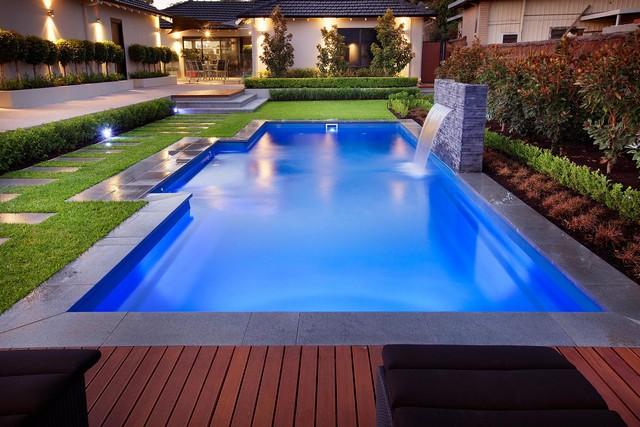 Orçamento de piscinas, equipamentos, acessórios. Projetos, implantação, manutenção. - Alvenaria