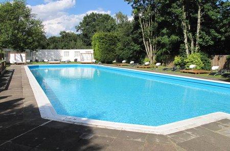 Orçamento de piscinas, equipamentos, acessórios. Projetos, implantação, manutenção. - Construtor de Piscina