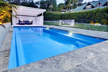 Orçamento de piscinas, equipamentos, acessórios. Projetos, implantação, manutenção. -  Piscina rápida