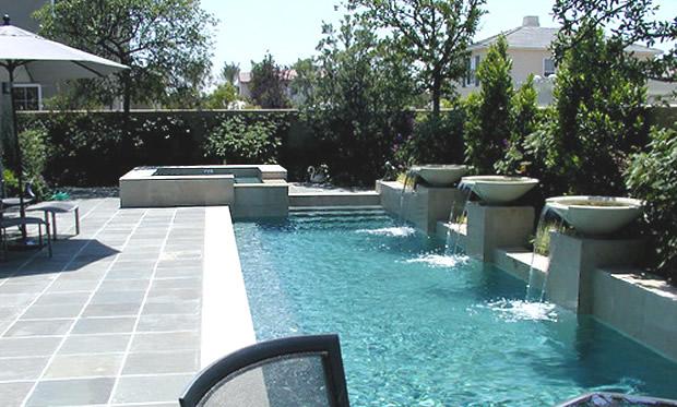 Orçamento de piscinas, equipamentos, acessórios. Projetos, implantação, manutenção. -